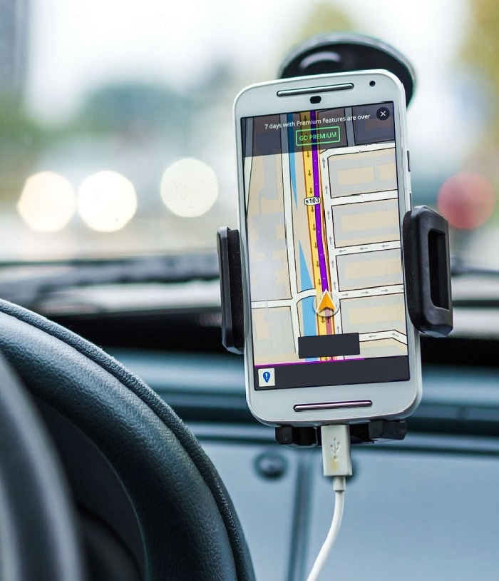 Cell Phone Car Cradles & Mounts