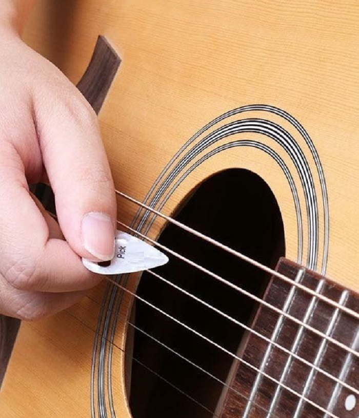 Guitar Picks & Bass Picks